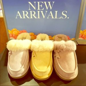 🆕UGG Beachwood Women's Moccasin Slipper/Size6👍🏾